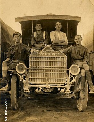 Daimler vehicle first world war soldiers